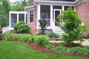 Custom Gardens Garden Care Service